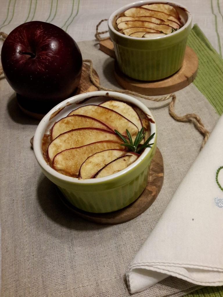 Pan Brioche con mele Gala e crema inglese