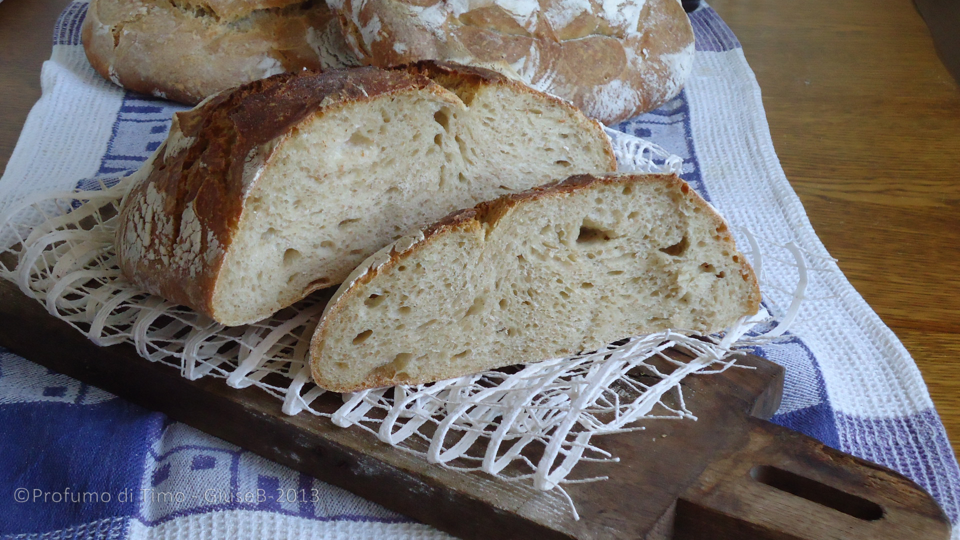 Pagnotte con farina di grani antichi Il Cerreto da agricoltura omeodinamica  (13)